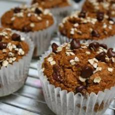 Chocolate Chip Pumpkin Muffins (Vegan)