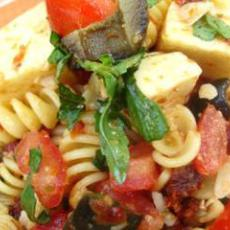 Pasta Salad with Mozzarella, Sun-Dried Tomatoes and Olives