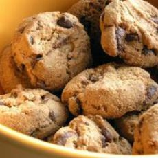 Whole Wheat Low Sugar Eggless Chocolate Chip Cookies